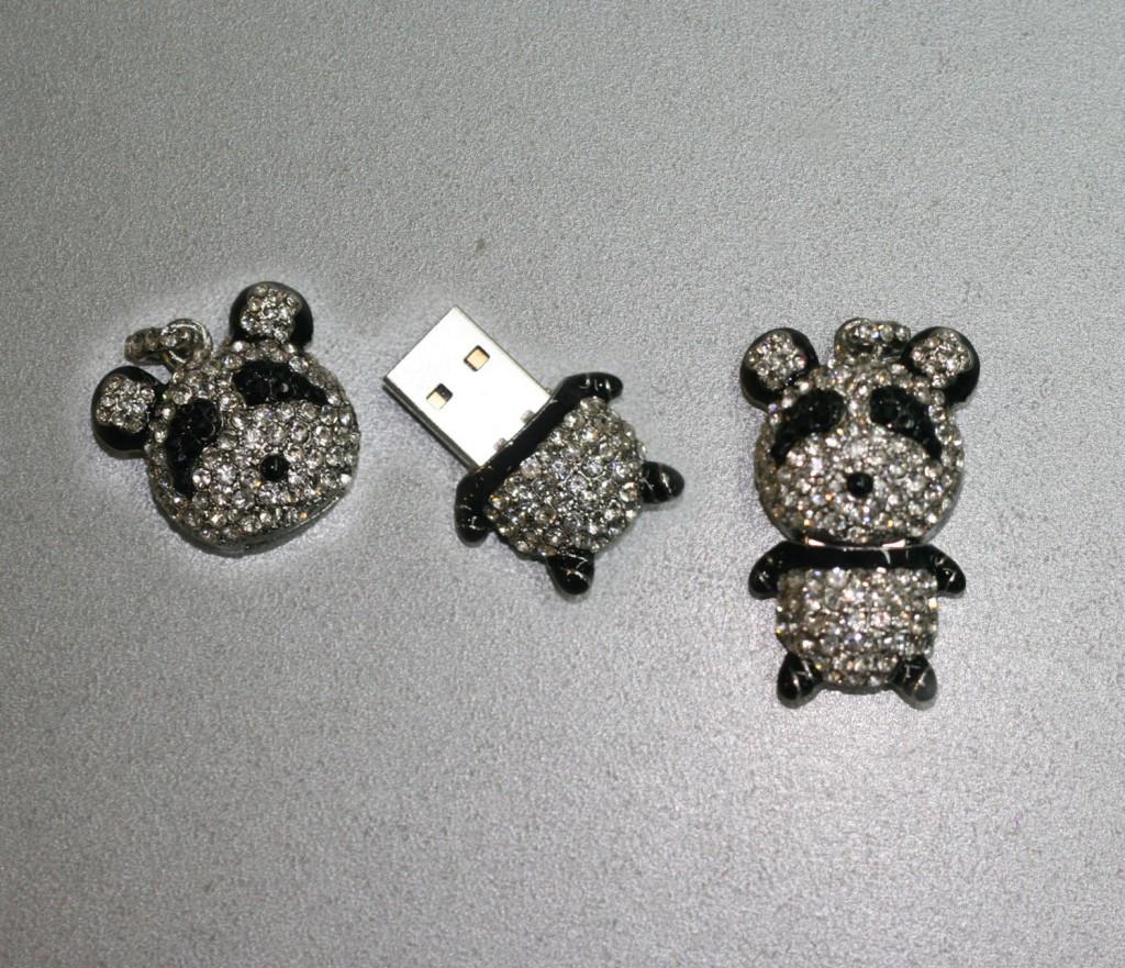 Панда, 8 GB
